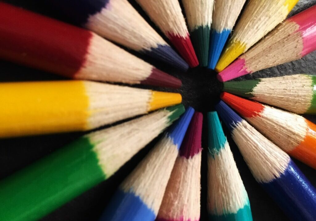 art-art-materials-bright-627901